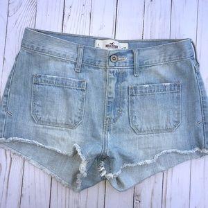 Hollister jean shorts size 5 (27)